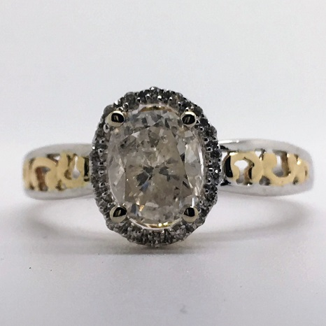 1 Carat Oval-Cut Vintage Halo Diamond Engagement Ring in 14k Gold